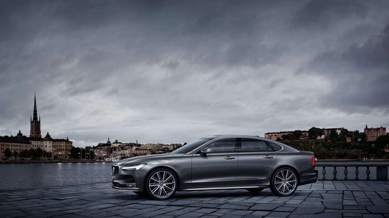 Explore Volvo S80 Accessories