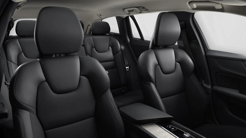 볼보 V60 크로스 컨트리 실내 및 좌석.