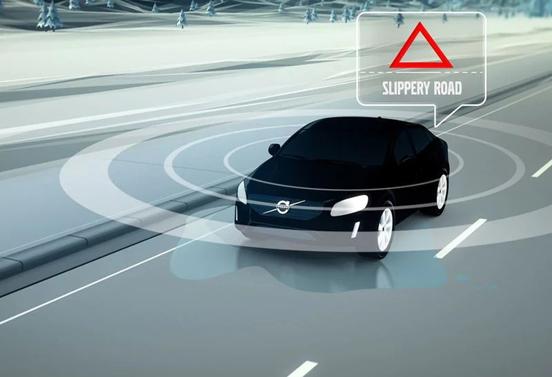 Volvo pedestrian detection with full auto brake